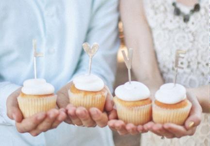 LOVE_Cake_Topper_02