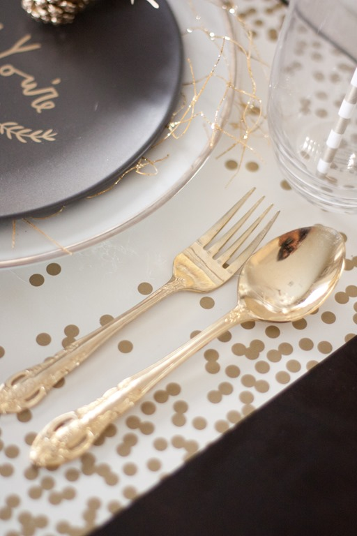 Black and Gold Tablescape-54
