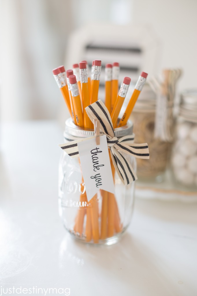 Easy Mason Jar Gifts for School