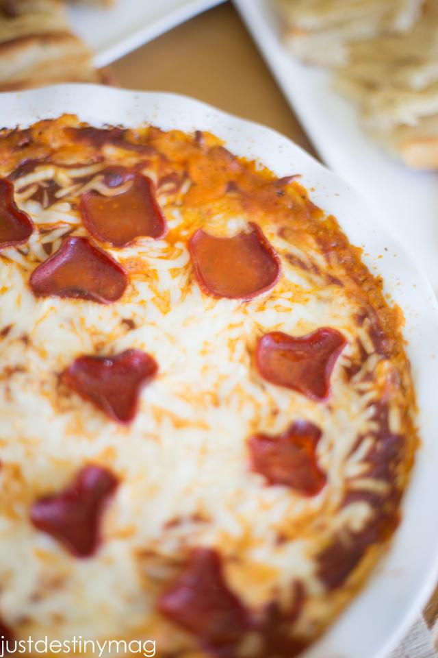 Game Day Snacks| Pizza Dip