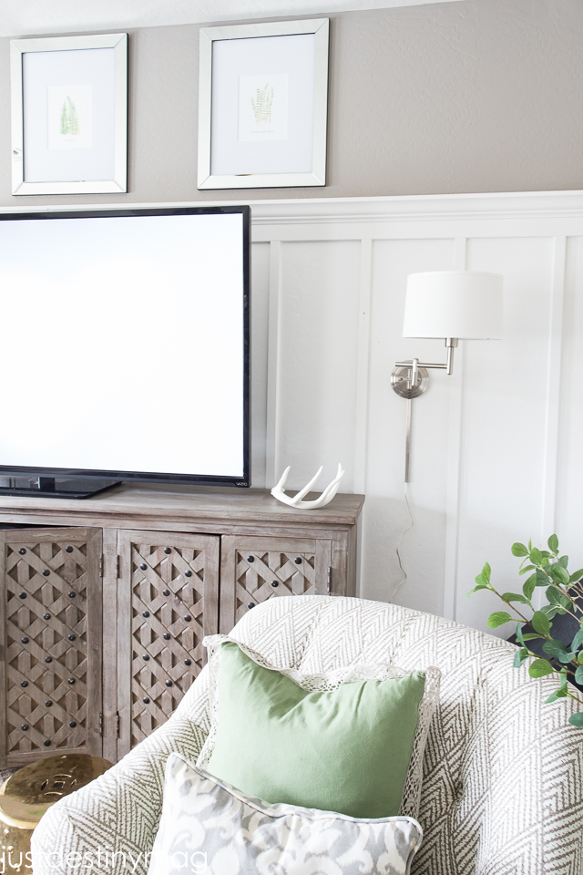 Green and Gray Family Room Inspirationl -Just Destiny_-22
