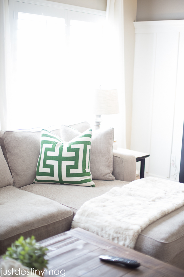 Green and Gray Family Room Inspirationl -Just Destiny_-42