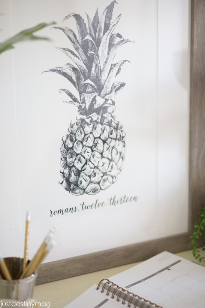 Pineapple Art Print for the Home-7
