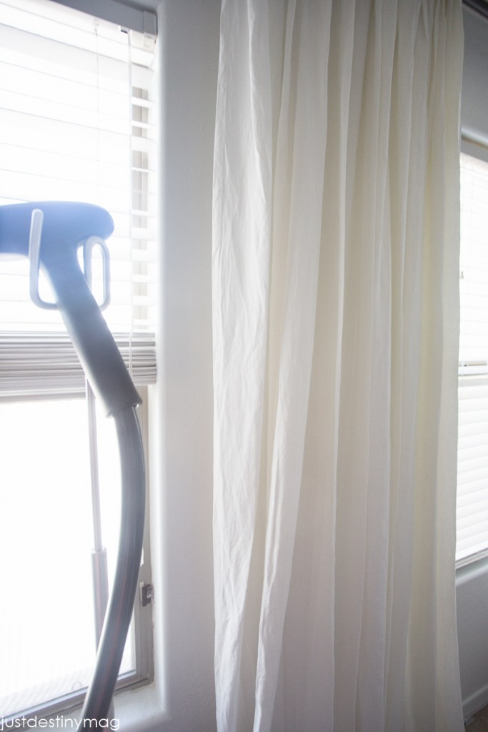 How to Hang your Curtains Perfectly_-4