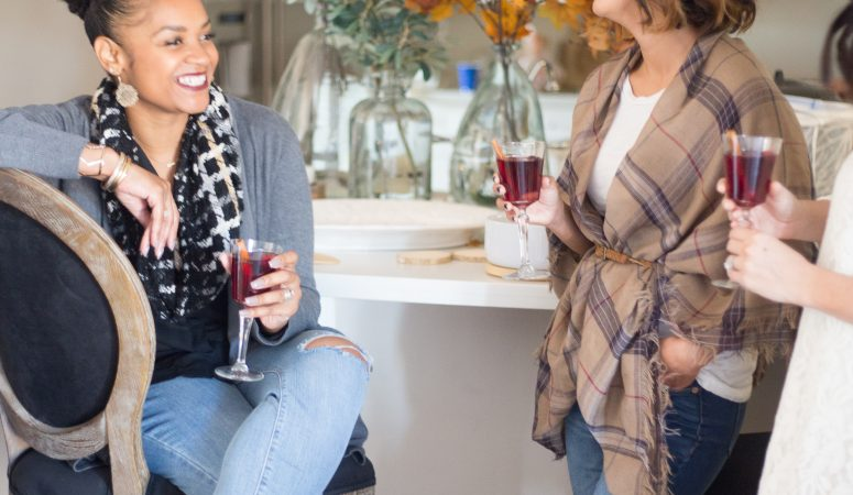How to throw a Friendsgiving Celebration