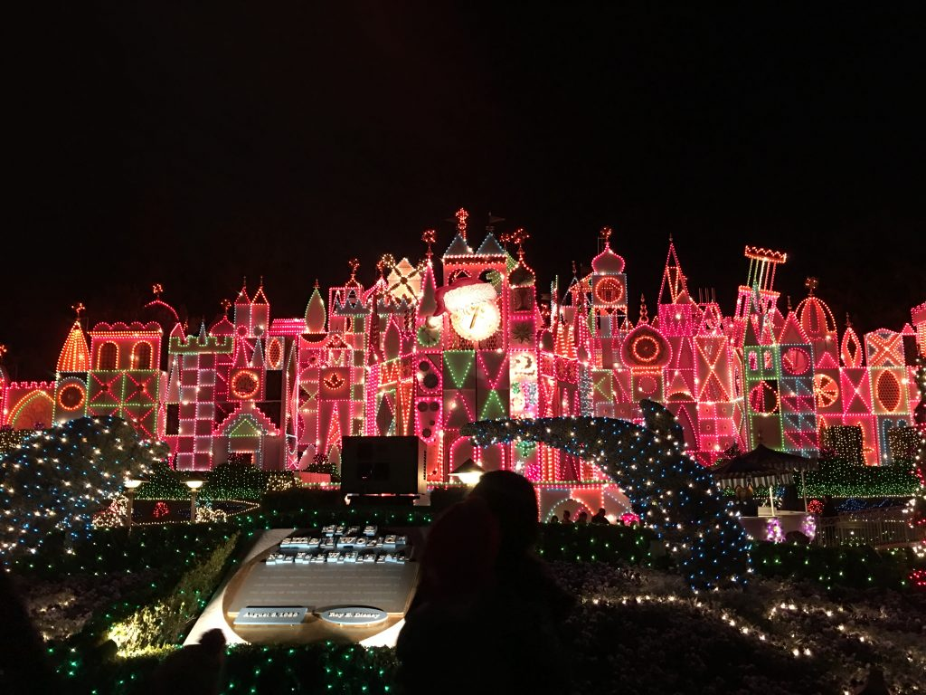 It's a Small World Christmas
