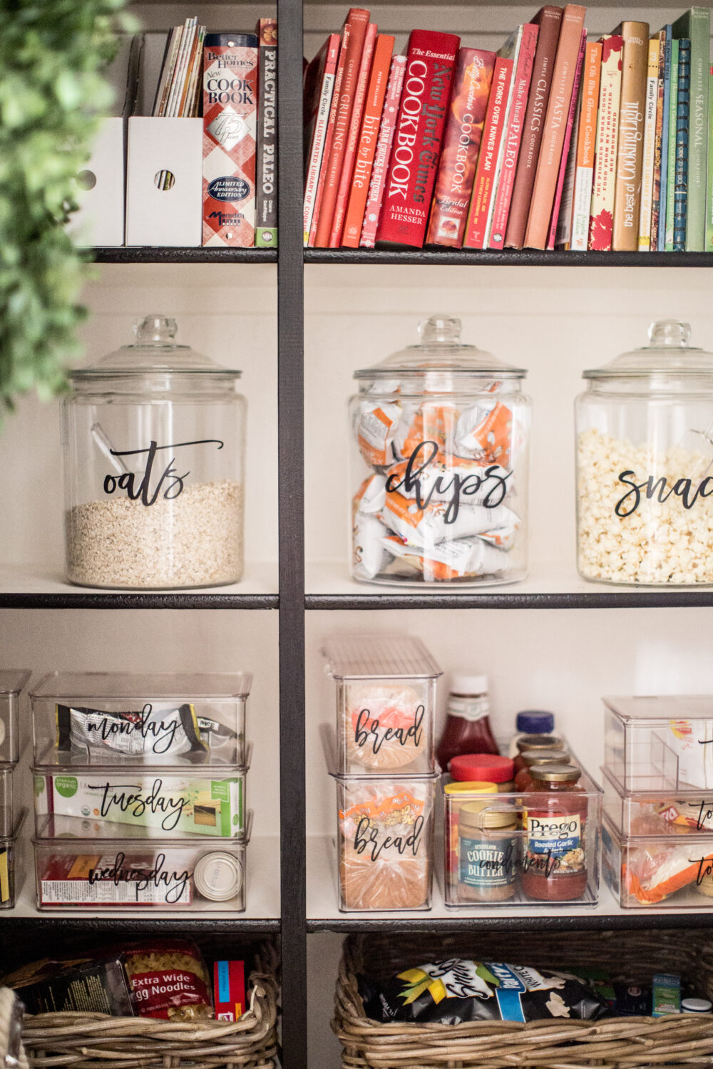How to Organize your Pantry with Pretty Pantry Containers