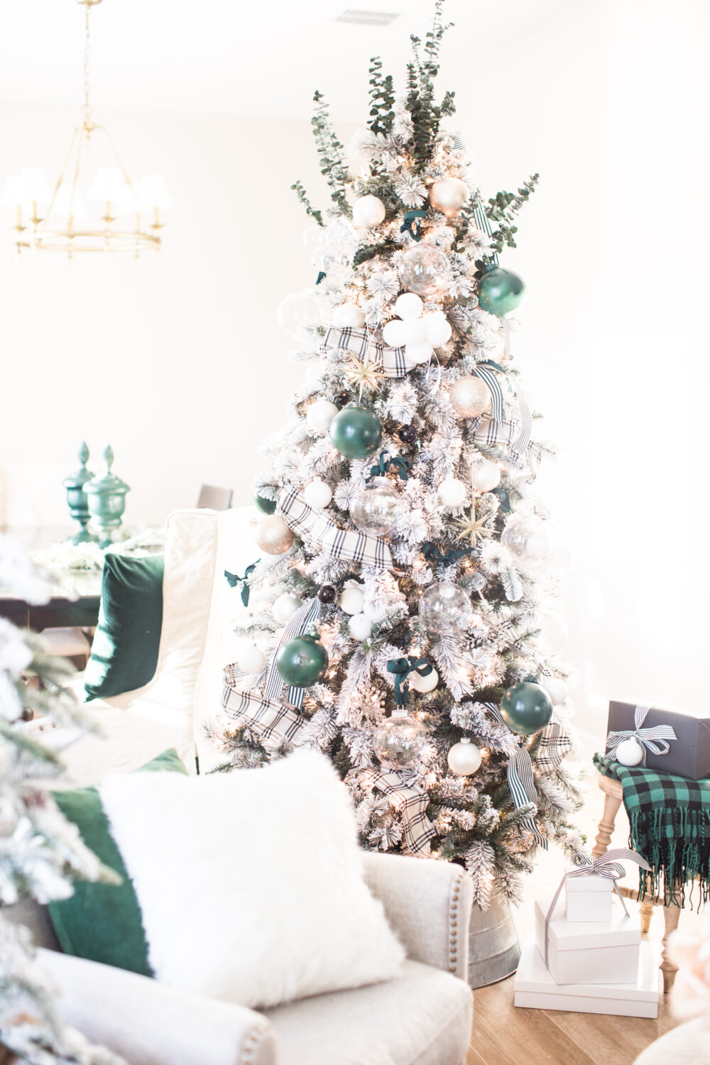Hunter Green Christmas Tree Decorations from Just Destiny Home