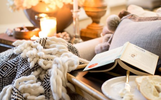 Bed Tray Refresh for a Comfy and Warm Hygge Moment