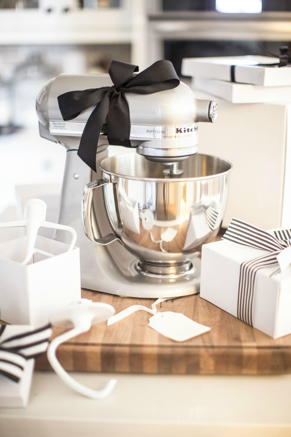 Wedding Gift Ideas for Every Budget and Everybody