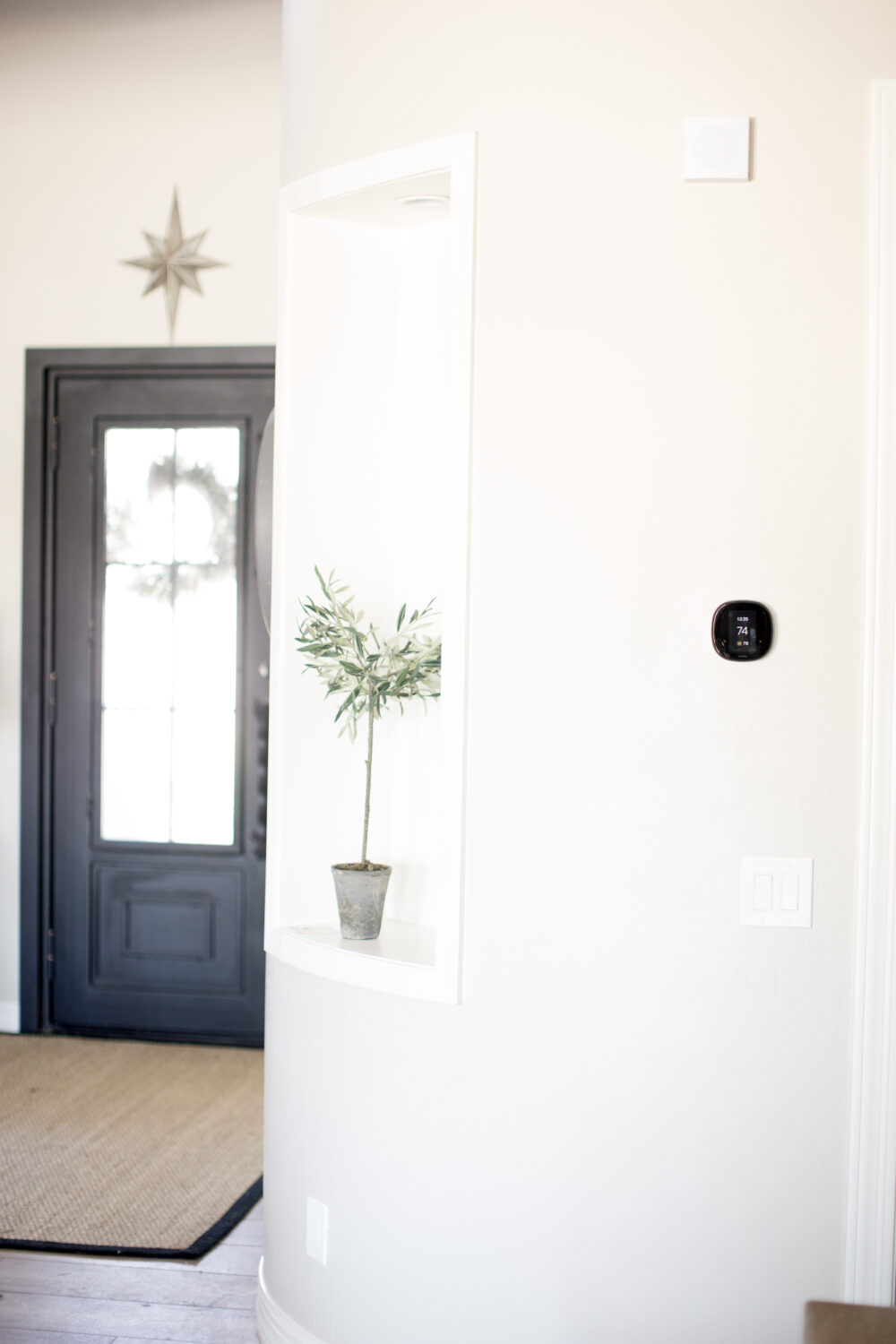 Smart Home Guide for Busy Moms: Smart Thermostat with the Ecobee4