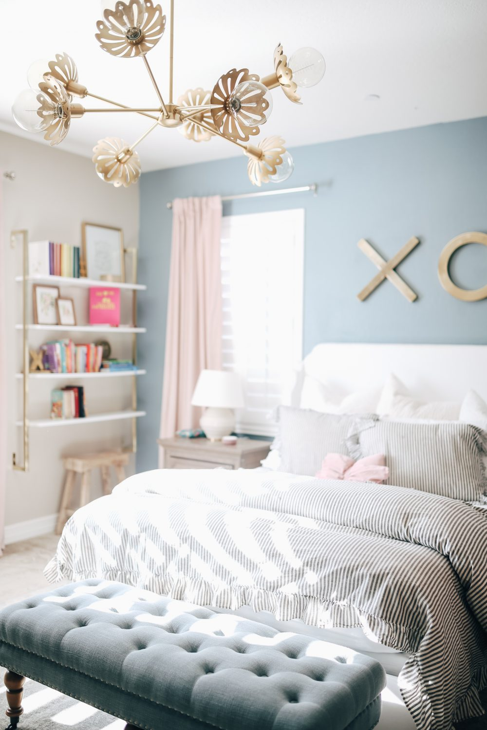 Blue and Pink girls room with fun lighting