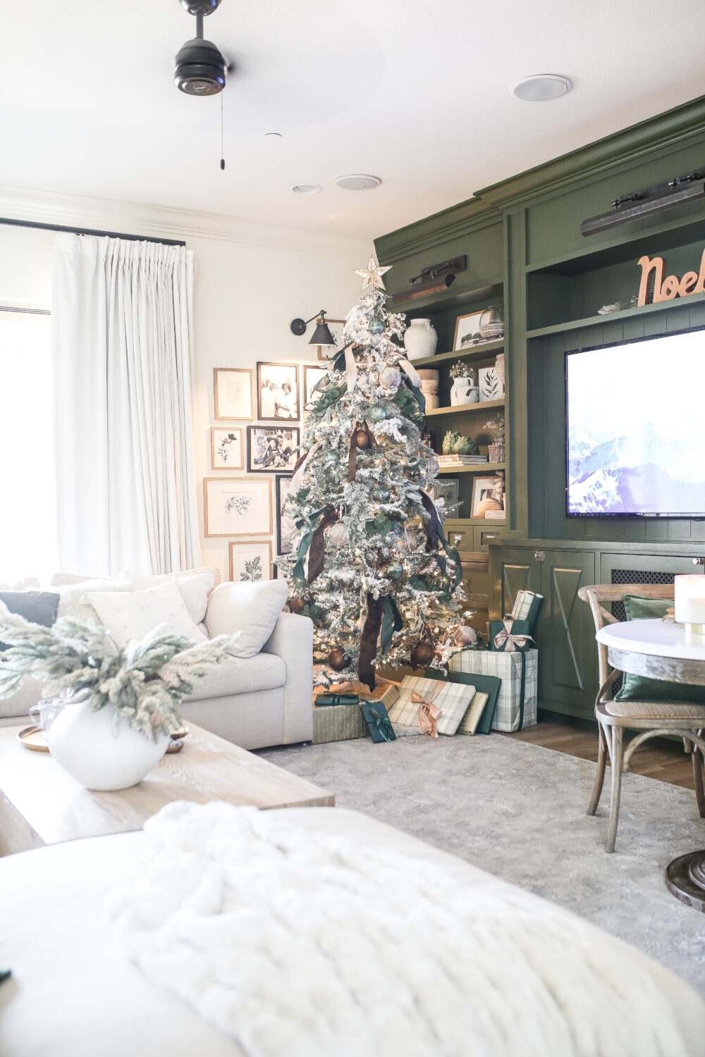 2020 Holiday Housewalk: A Christmas Home Tour of some of my Favorite Spaces