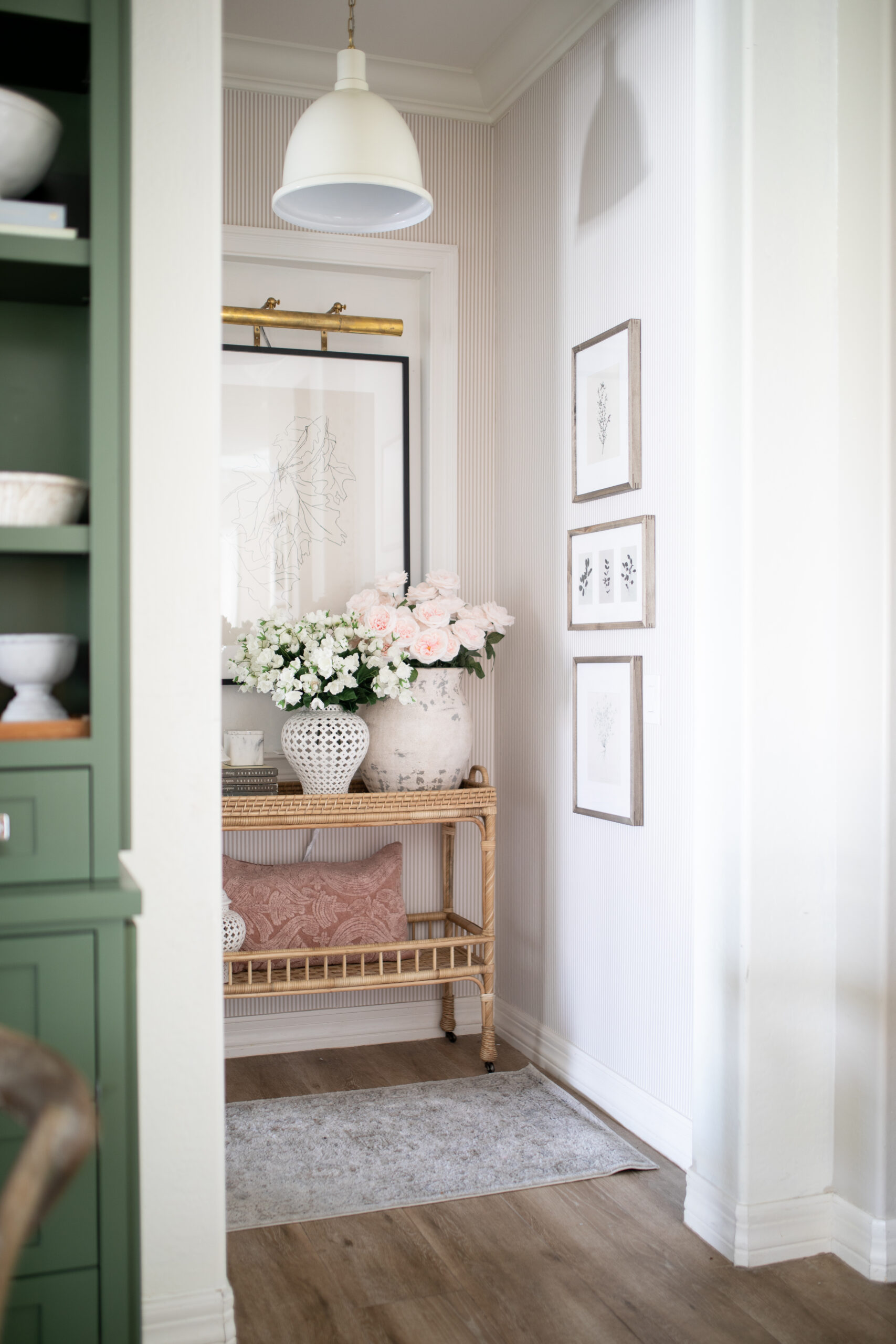 Hallway Decor, Lighting and Styling