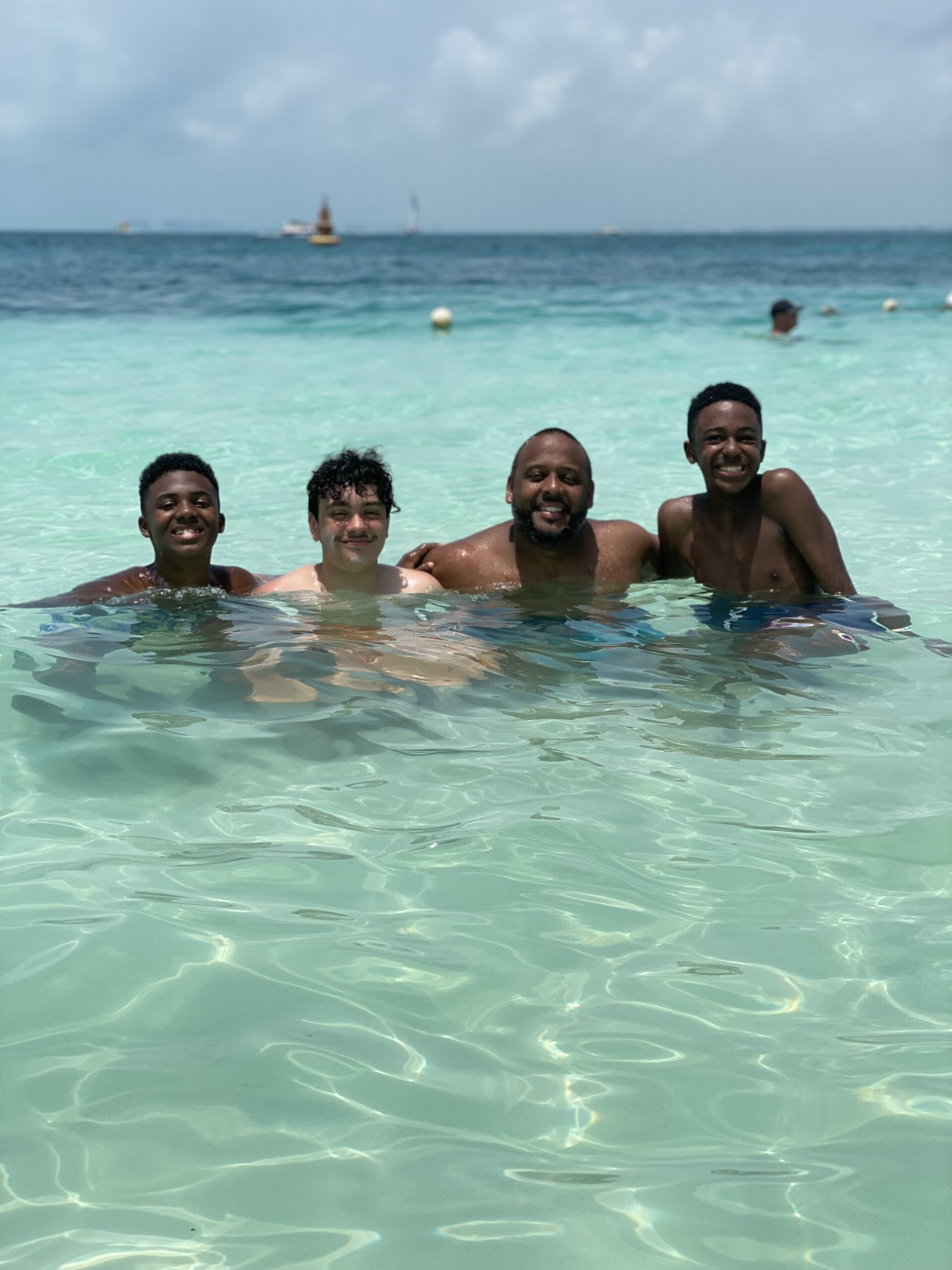 Clear waters and no seaweed Isla Mujeres July 2021
